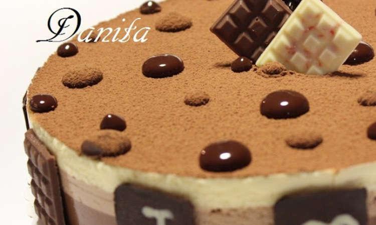 Bavarese ai tre cioccolati di Montersino, su base croccante