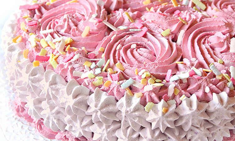 Torta romantica al profumo di  lamponi e mirtilli
