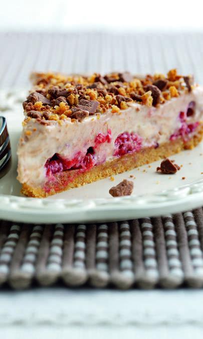 Cheesecake freddo alle fragole e cioccolato