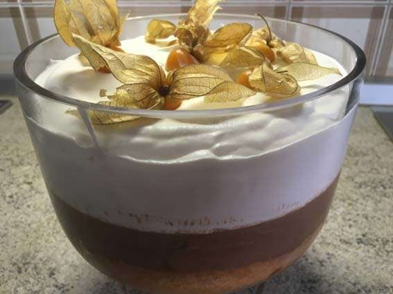 Zuppa Inglese al doppio Cioccolato, Panna e Ciliegie