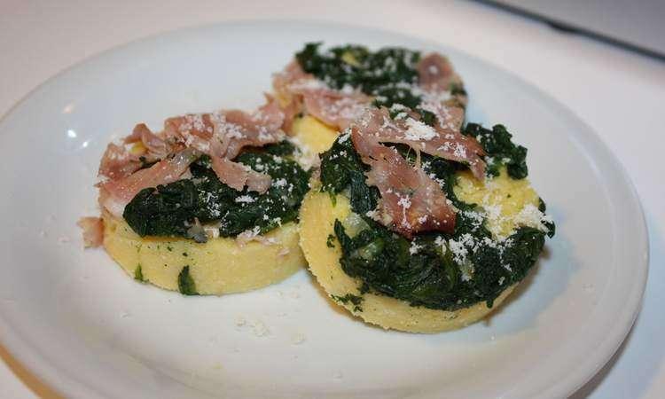 Tortini di polenta e spinaci
