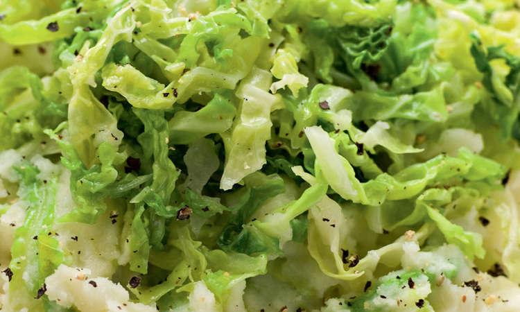 Insalata con verdure invernali, zenzero e soia