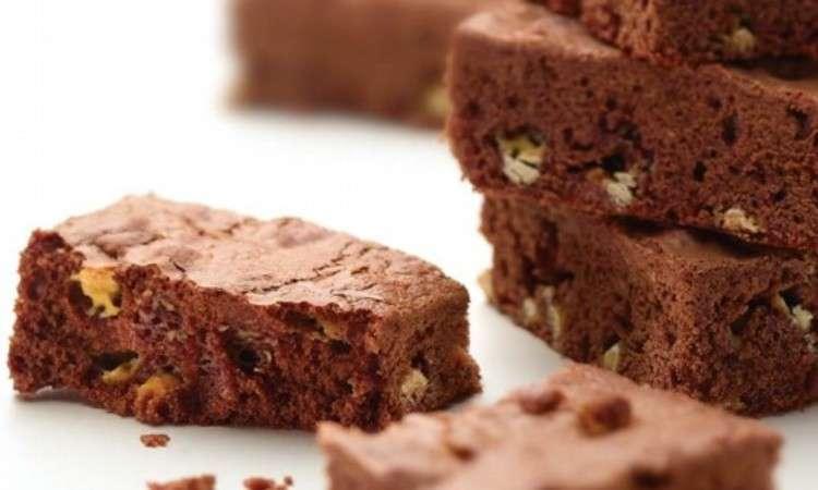 Biscotti con cioccolato bianco a pezzetti